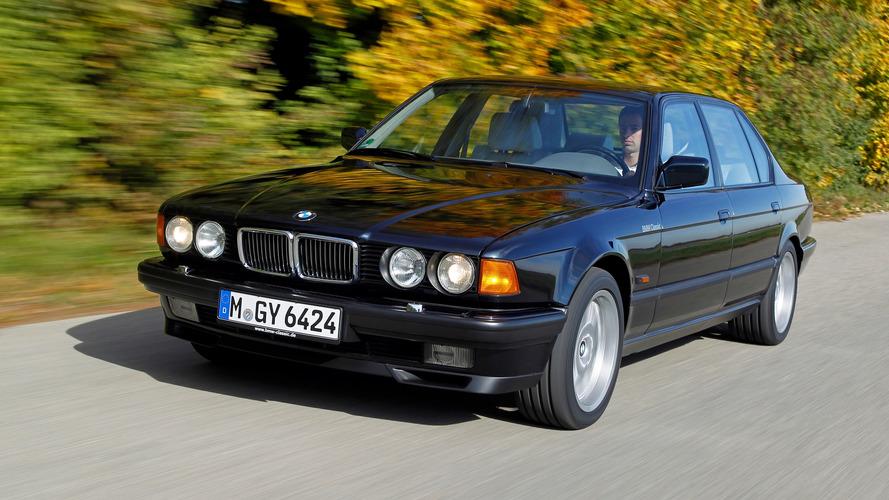 BMW, Techno Classica'da 12 aracını sergileyecek