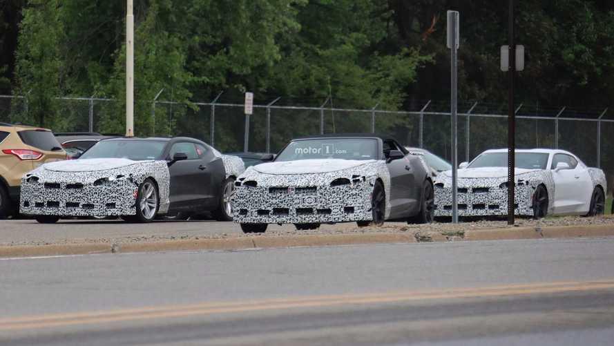 Photos Espion - Toute la gamme Chevrolet Camaro restylée surprise sur la route !