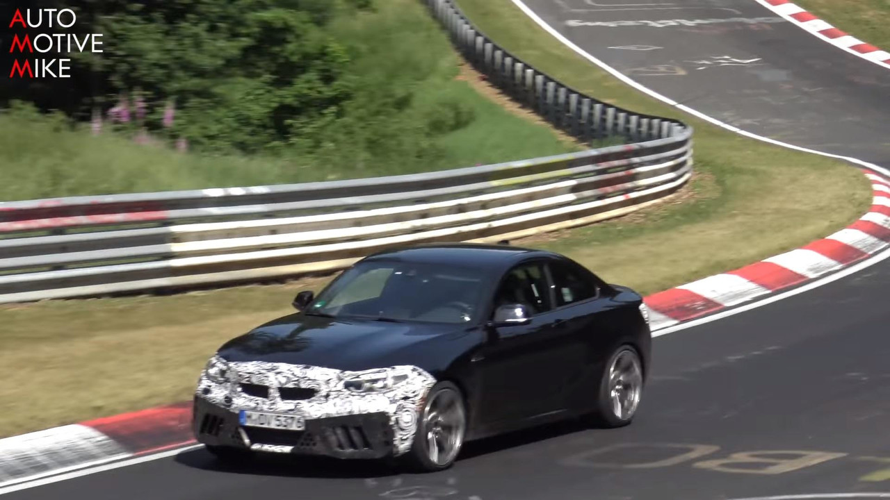 2018 BMW M2 CS screenshot from spy video