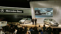 Professor Jürgen Hubbert presents two studies of the new Mercedes-Benz Sports Toure