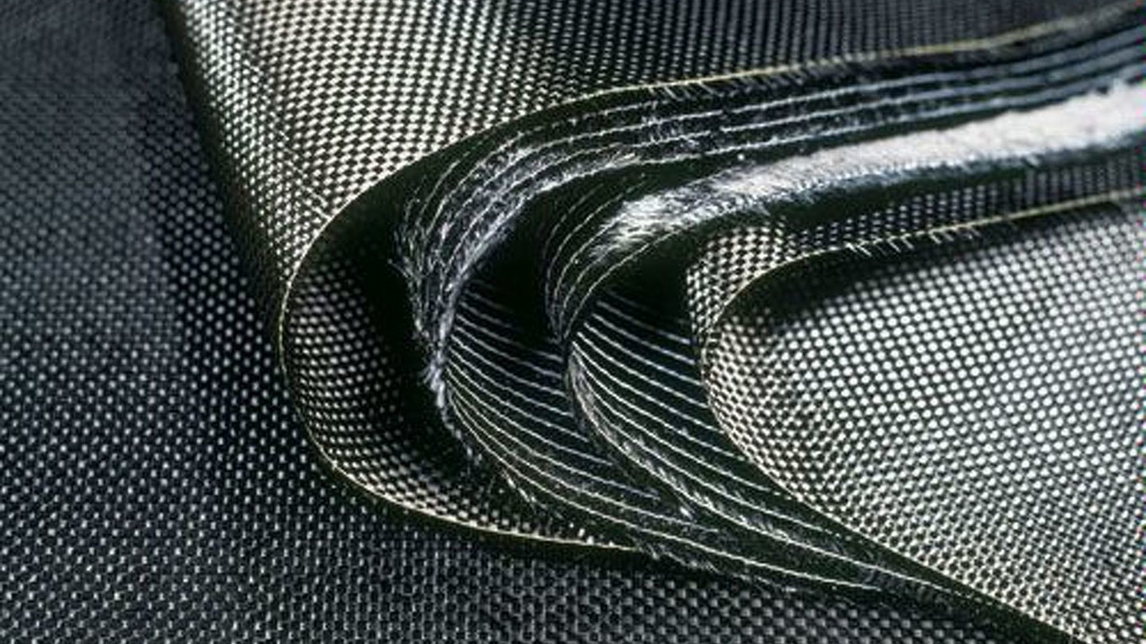Layered carbon fiber mat