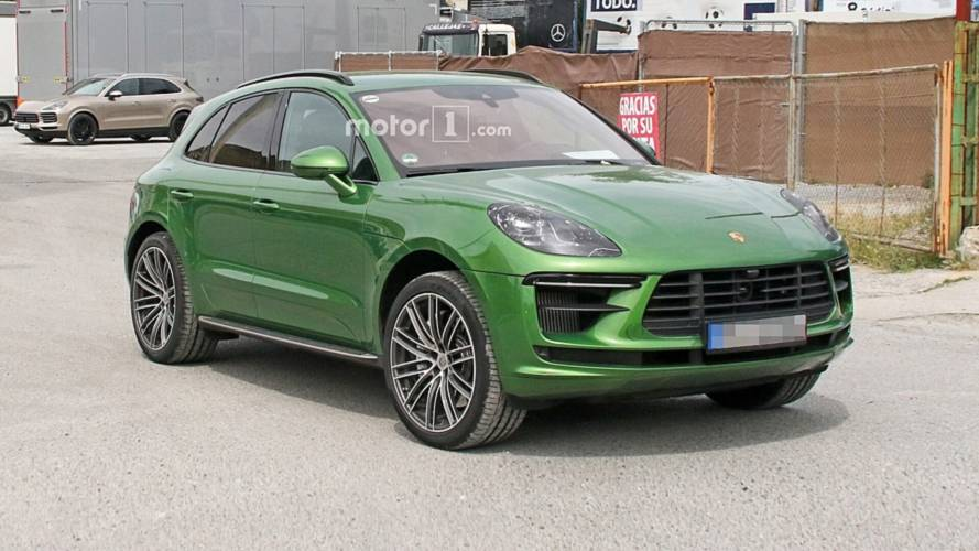 2019 Porsche Macan Turbo Facelift Caught With Very Little Camo