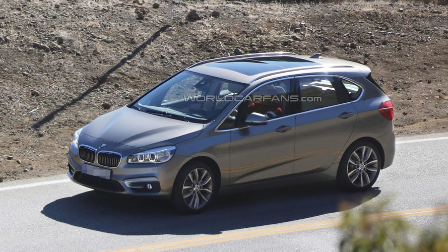 2014 BMW 2-Series Active Tourer caught undisguised during video shooting