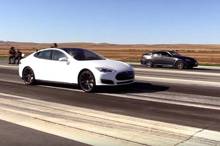 Tesla Model S and Lexus IS F Duke it Out on the Drag Strip