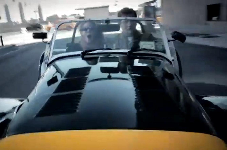Video: Manhattan Classic Car Club Tears Through NYC