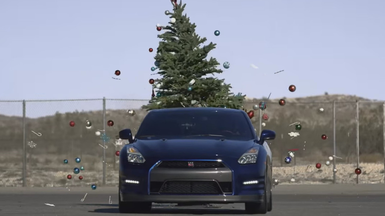 Nissan GT-R Christmas tree removal