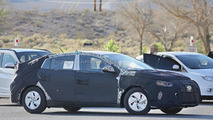 Hyundai hybrid spy photo