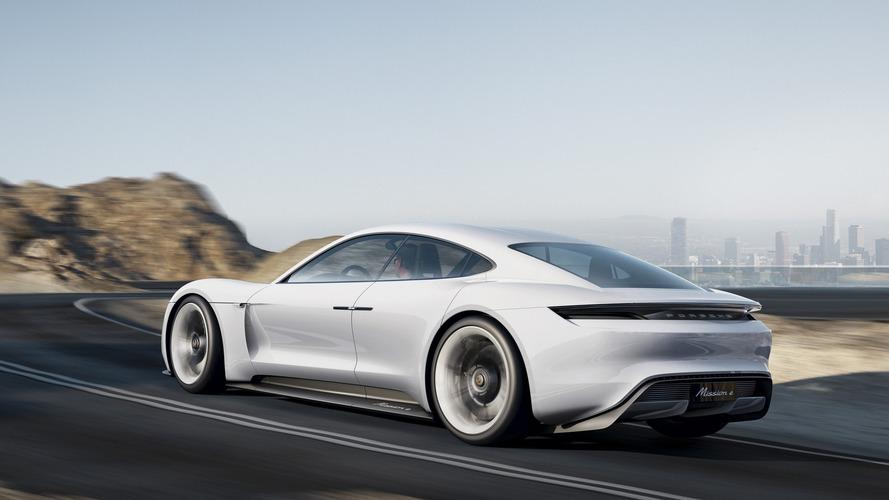 85 ezer dollártól indulhat a teljesen elektromos Porsche Mission E ára