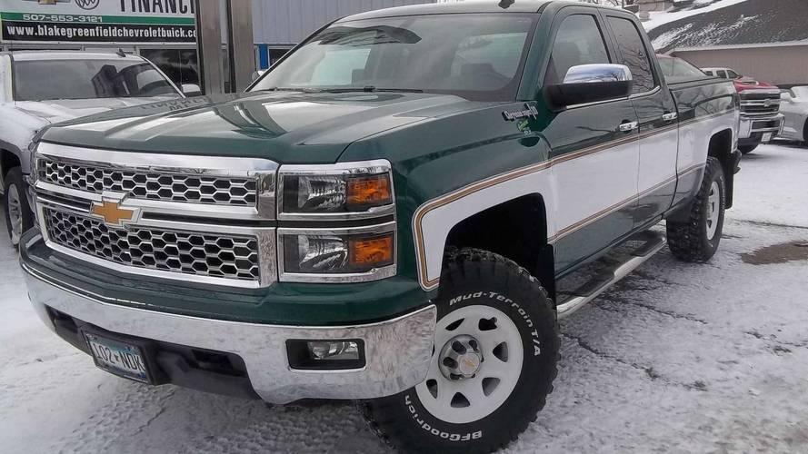 Chevrolet Silverado Big 10 Cheyenne Conversion