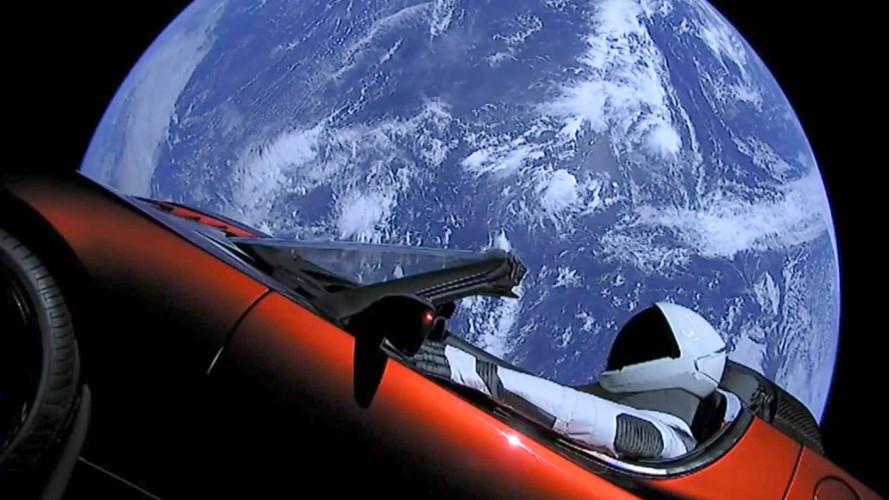 Tesla Roadster segelt im All