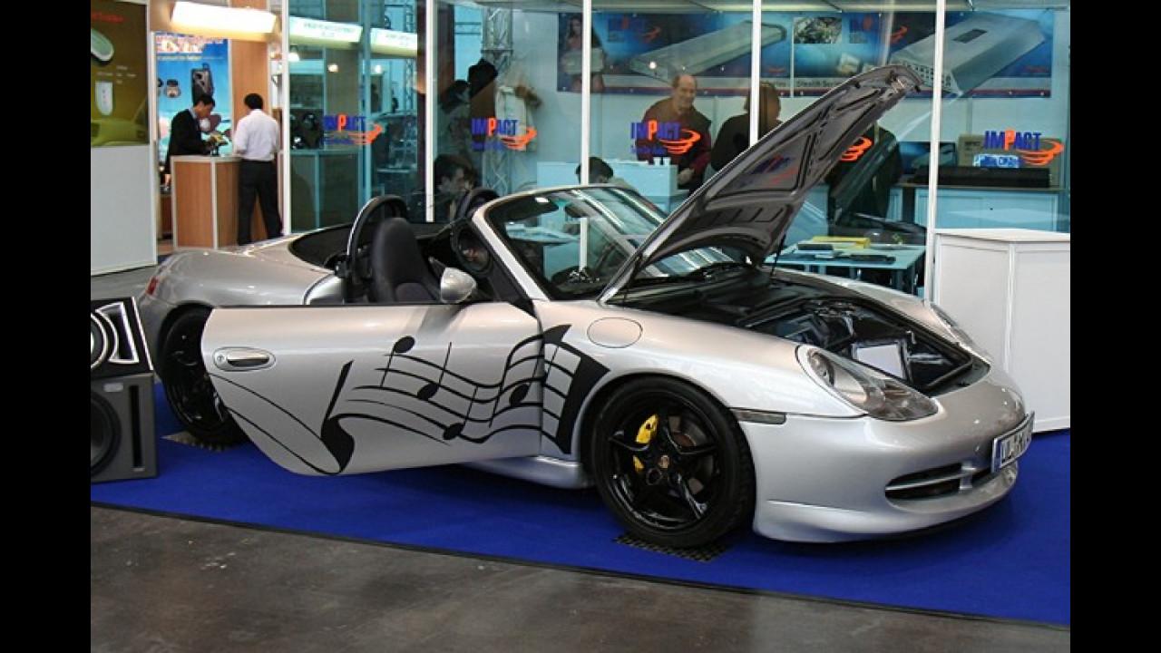 Endlich finden wir auch einen Porsche auf der Car + Sound