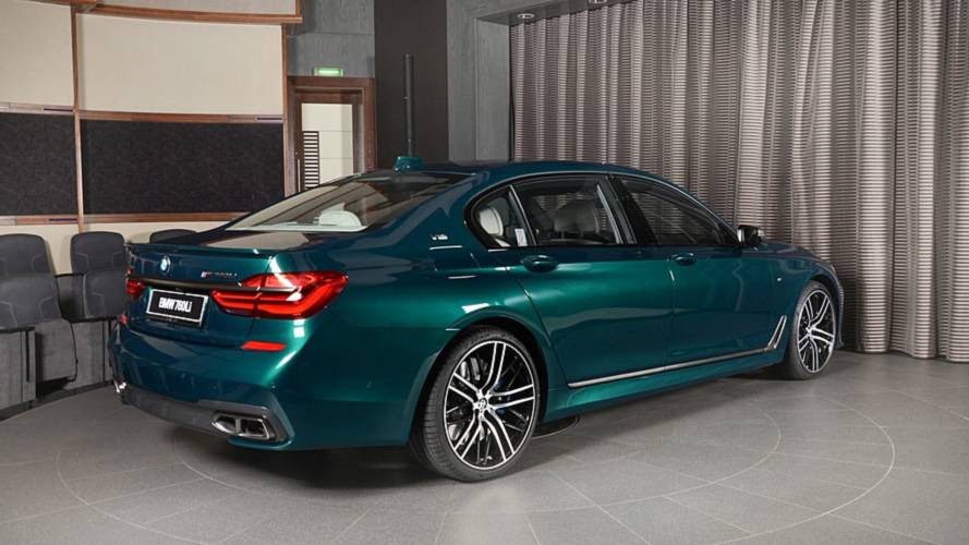 BMW M760Li Boston Green Has That Special Look