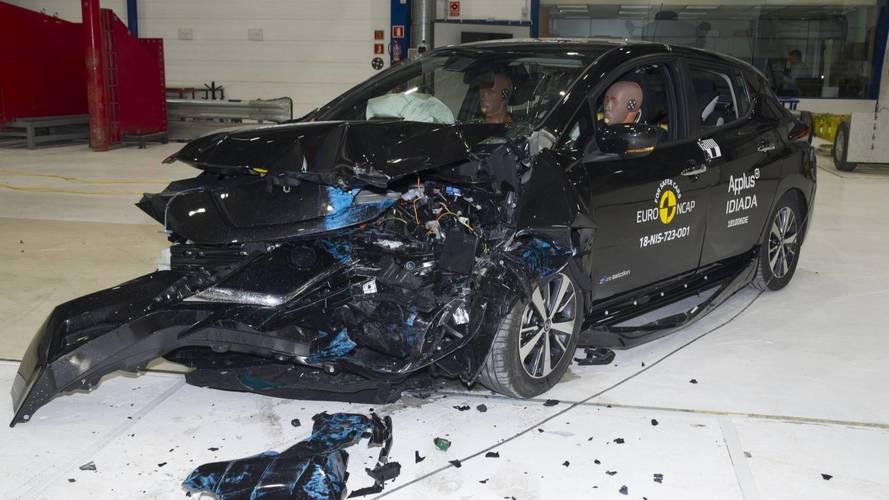 A szigorított töréstesztről is 5 csillaggal tért haza a megújult Nissan Leaf
