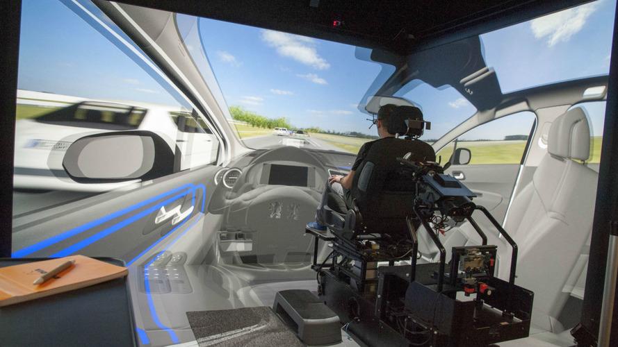Recherche- PSA et Renault mettent l'accent sur l'autonome et l'expérience utilisateur