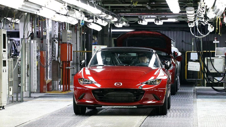 2016 Mazda MX-5 Miata with manual gearbox is 25% more economical than predecessor