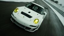 Porsche 911 GT3 RSR Race Car Gets Improved Aerodynamics & Larger Engine for 2009