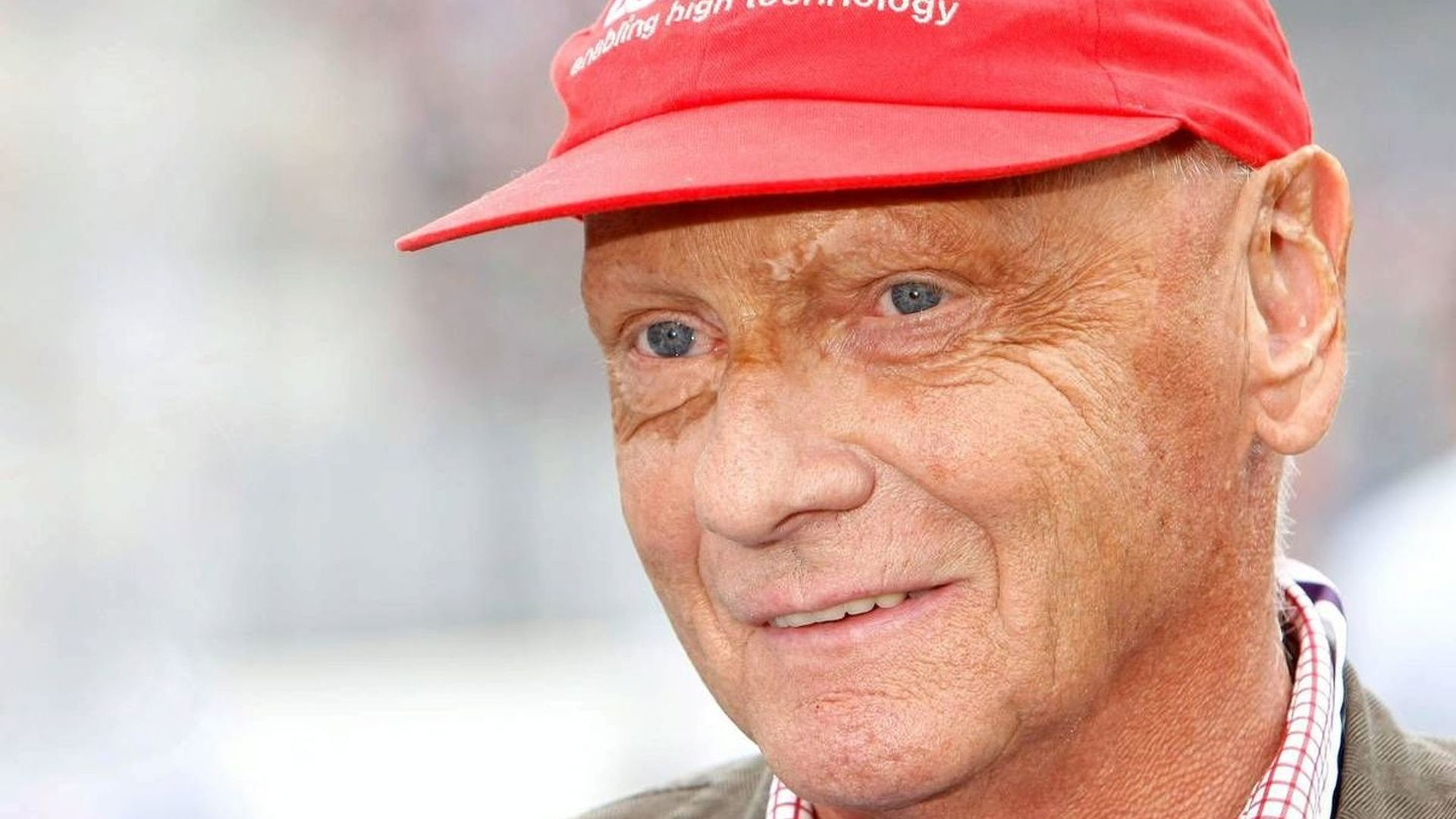 lauda seeks new sponsor for famous red cap. Black Bedroom Furniture Sets. Home Design Ideas