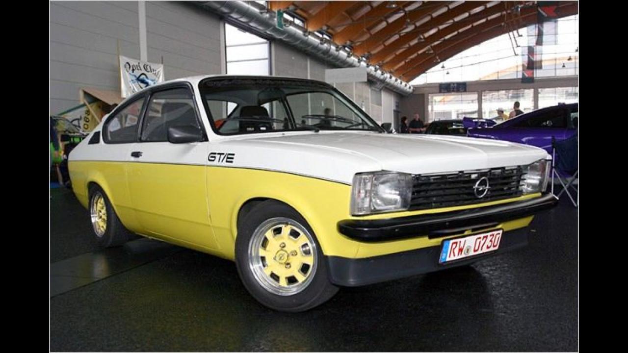 Dass Tuning nicht immer extrem sein muss, beweist dieser wunderschöne Opel Kadett GT/E