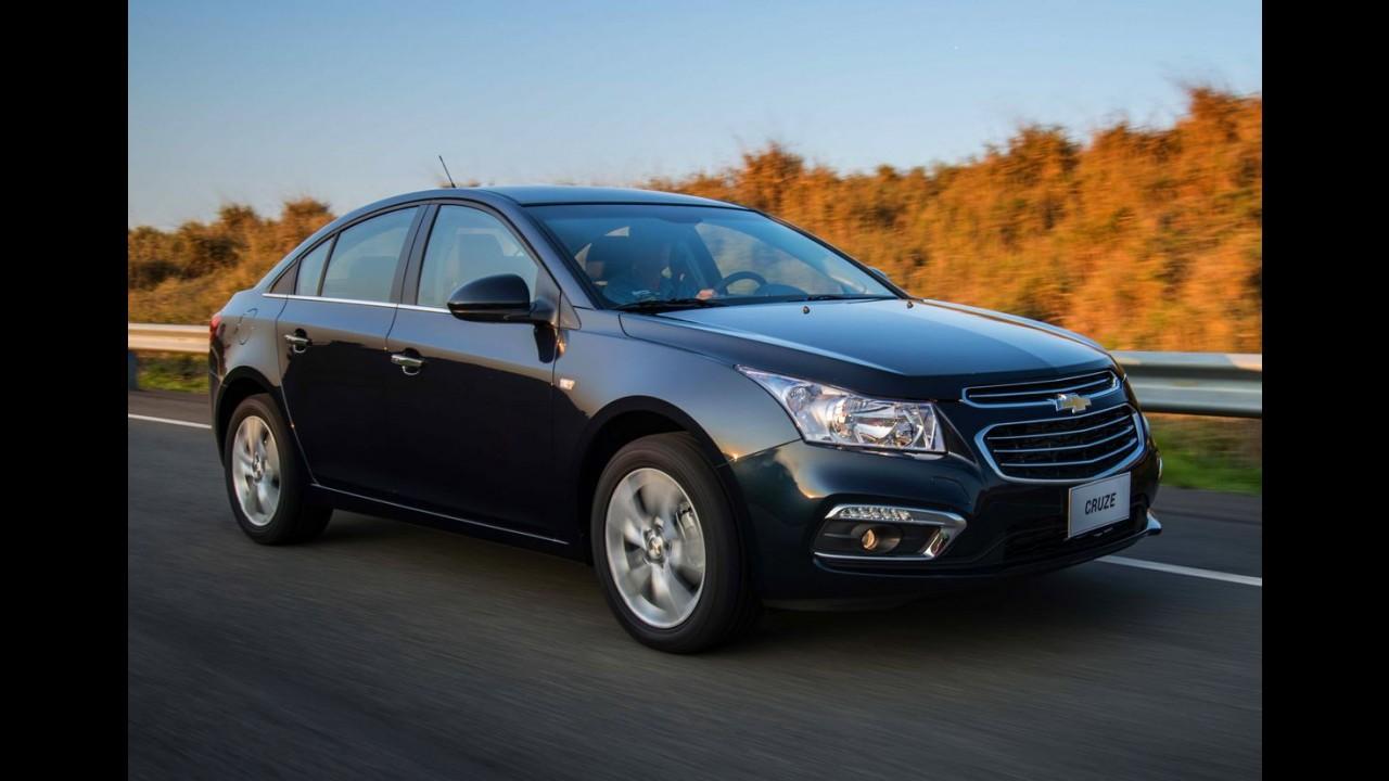Chevrolet lança Cruze 2016 com sistema OnStar no Brasil