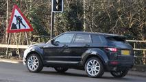 Range Rover Evoque Facelift spy photo