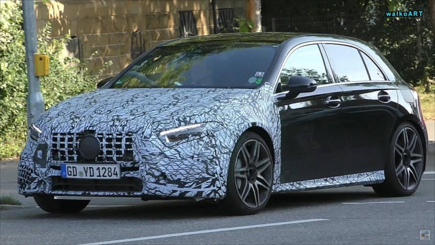 Mercedes-AMG A45'in sağdan direksiyonlu bir örneği görüntülendi