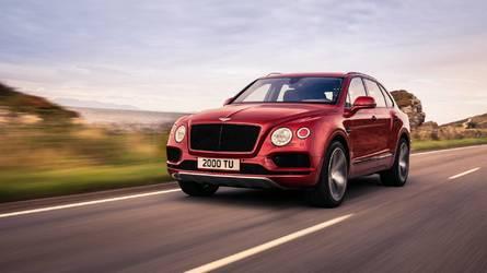 Bentley adds a V8 to the Bentayga range