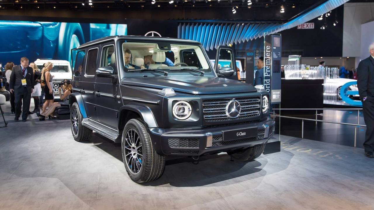 2019 mercedes g class filmed but can you tell it s the new one. Black Bedroom Furniture Sets. Home Design Ideas