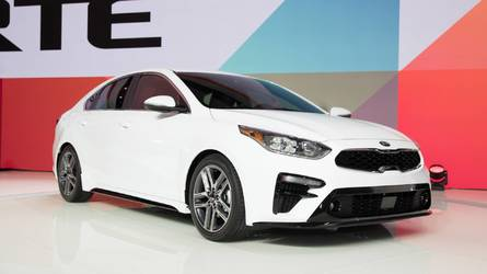 Kia Reveals 2019 Forte With Stinger-Tinged Design