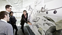 Mercedes-Benz interior sculpture Aesthetics No. 2: The automobile interior becomes a work of art 10.01.2011