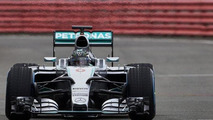Mercedes completes first laps with W06