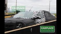 Flagramos o Novo Chevrolet Cobalt camuflado em SP - Fotos de todos os ângulos