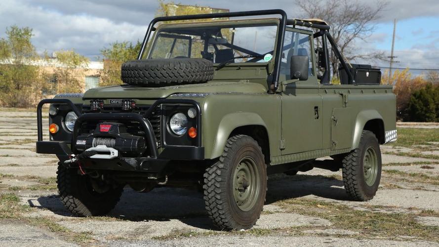 Bu Land Rover 110, hep hayalini kurduğunuz o askeri araç olabilir