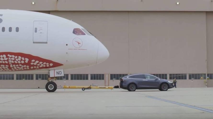 Watch A Tesla Model X Tow A Boeing 787-9 Dreamliner