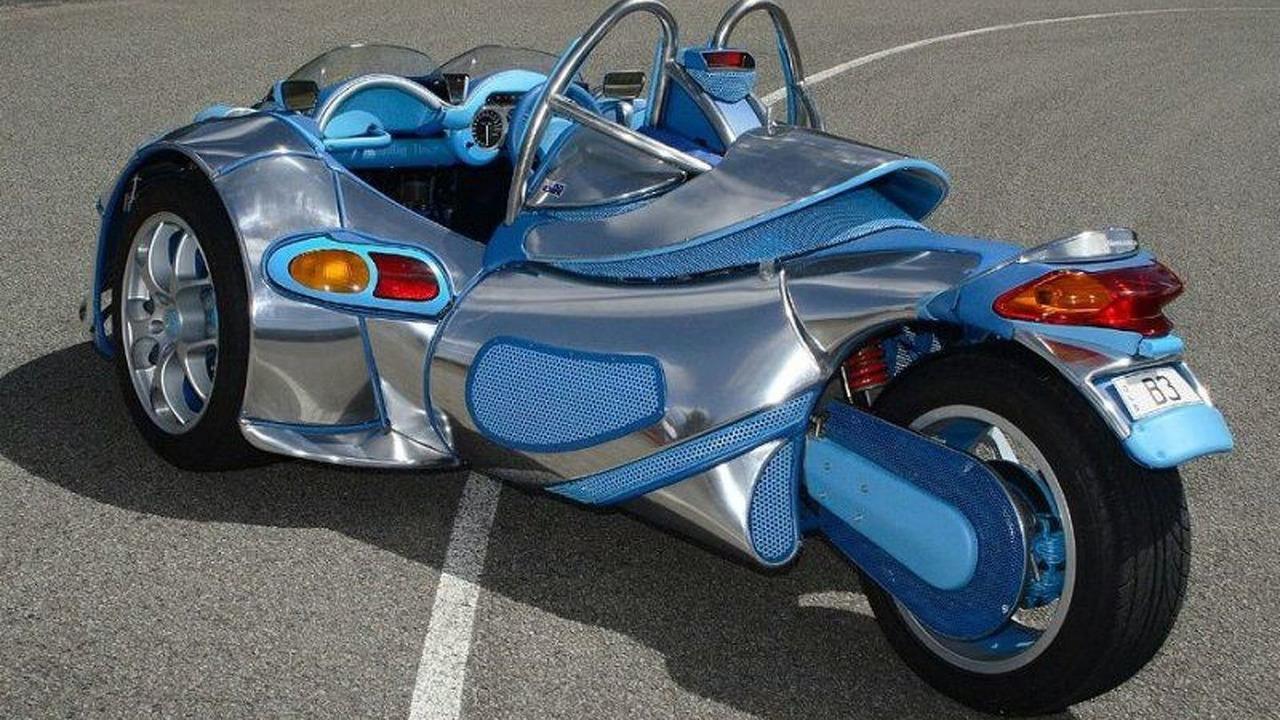 Unique 3-Wheel Bonning Roadster