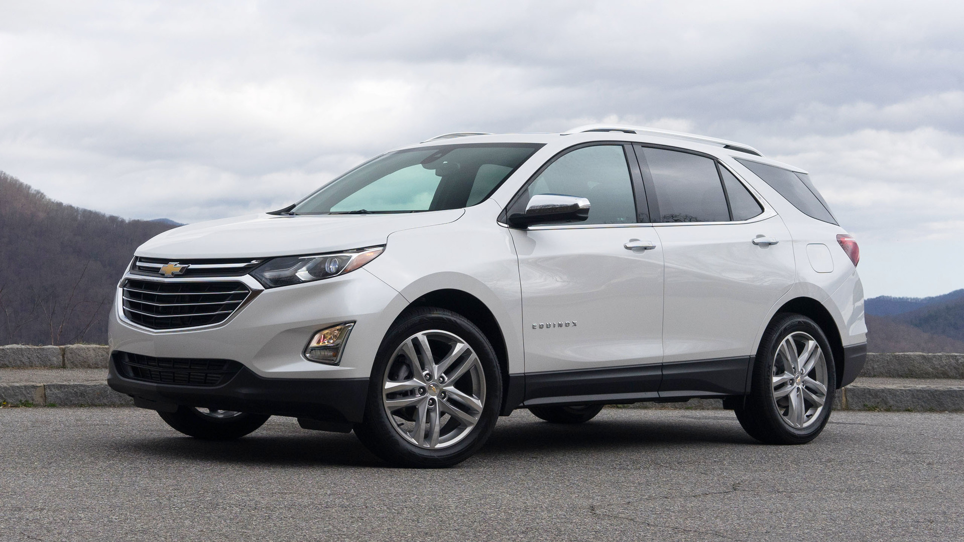 2018 chevy equinox first drive lighter smarter better. Cars Review. Best American Auto & Cars Review