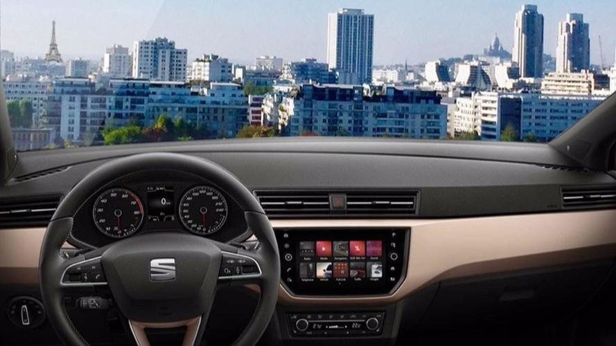 SEAT installe quatre Ibiza sur une grande roue