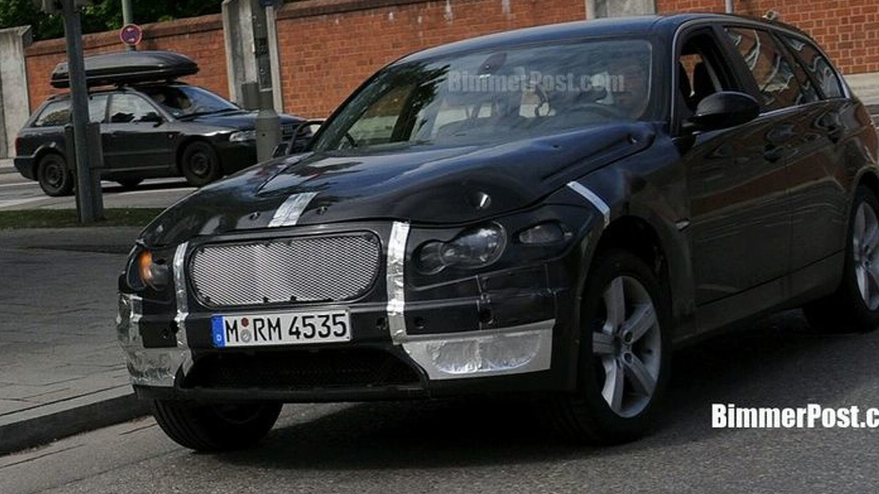 BMW F3 Crossover Mule Spied