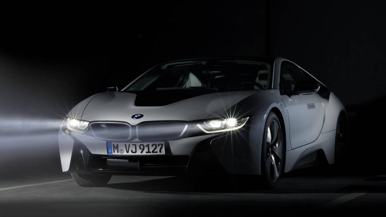 BMW i8, faros láser