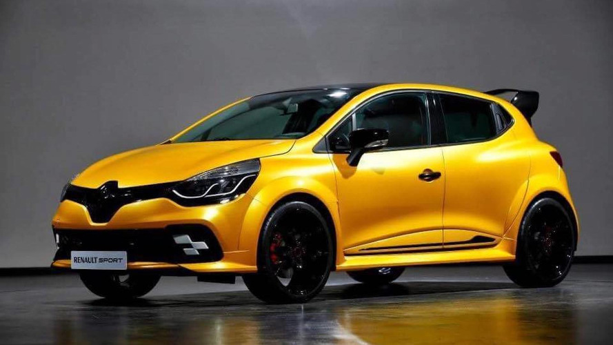 Une Renault Clio RS vitaminée s'affiche sur la toile