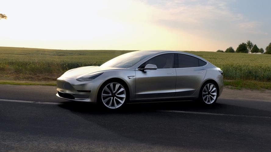 UAW wants to unionize Tesla Fremont plant