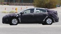 Hyundai hybrid model spy photo
