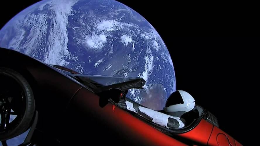 Vídeo - Veja o Tesla Roadster deixar a Terra em superfoguete da SpaceX