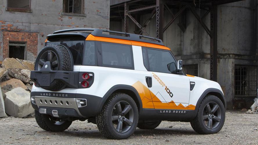 Land Rover Defender successor reportedly pushed back until 2019