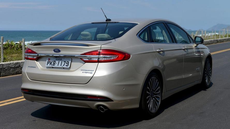 Mais tecnológico, novo Fusion Hybrid 2017 chega ao Brasil por R$ 159.500