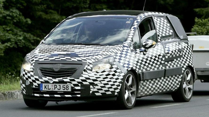 New Opel Meriva Spy Video
