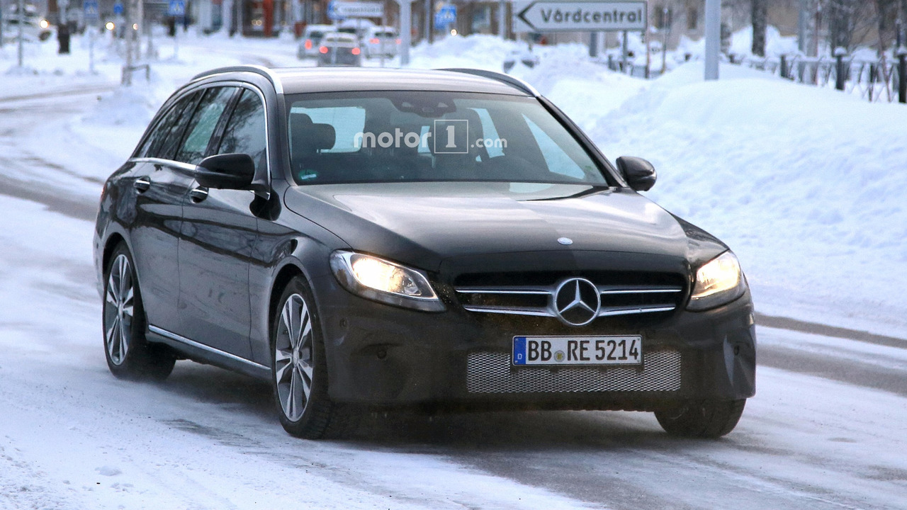 2018 mercedes c class estate facelift spied with new touchpad. Black Bedroom Furniture Sets. Home Design Ideas