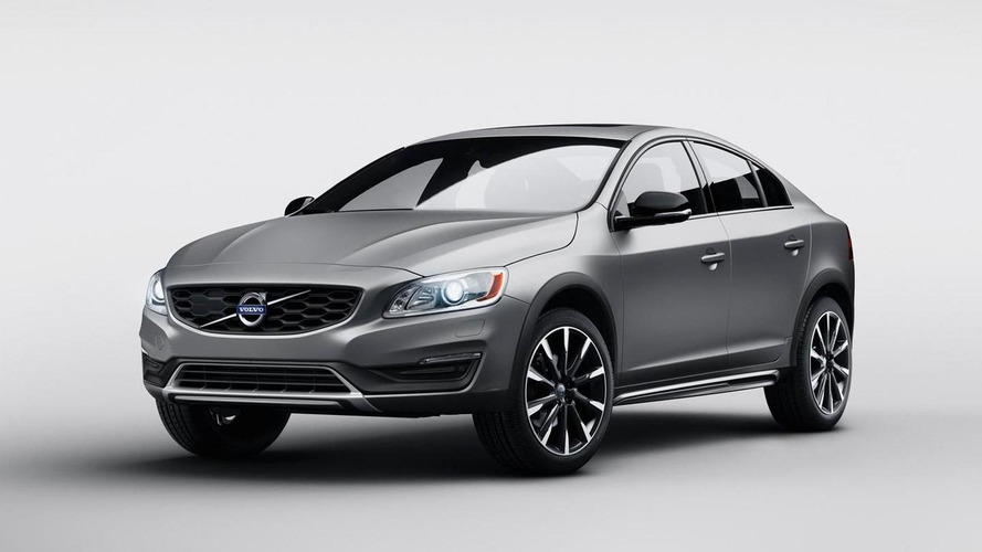 Volvo S60 Cross Country axed in UK after selling only 34 units