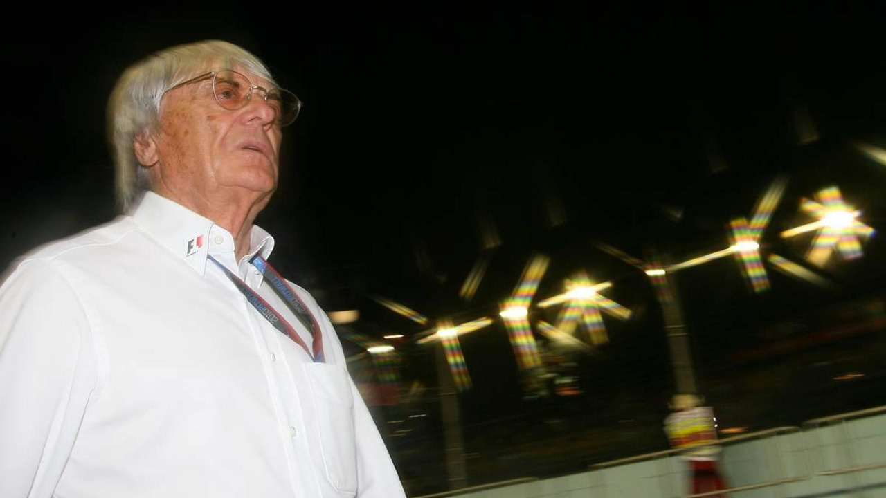 Bernie Ecclestone (GBR) - Formula 1 World Championship, Rd 15, Singapore Grand Prix, 24.09.2010