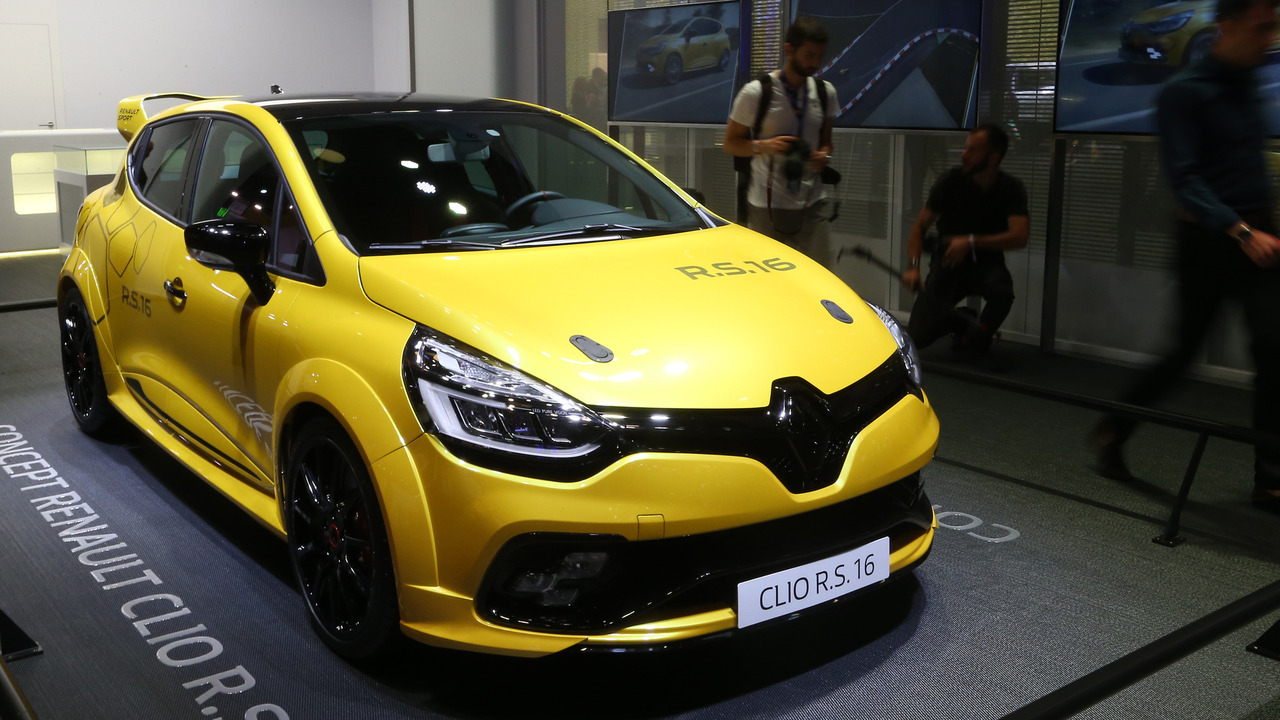 renault clio r s 16 concept gets some floor time in paris. Black Bedroom Furniture Sets. Home Design Ideas