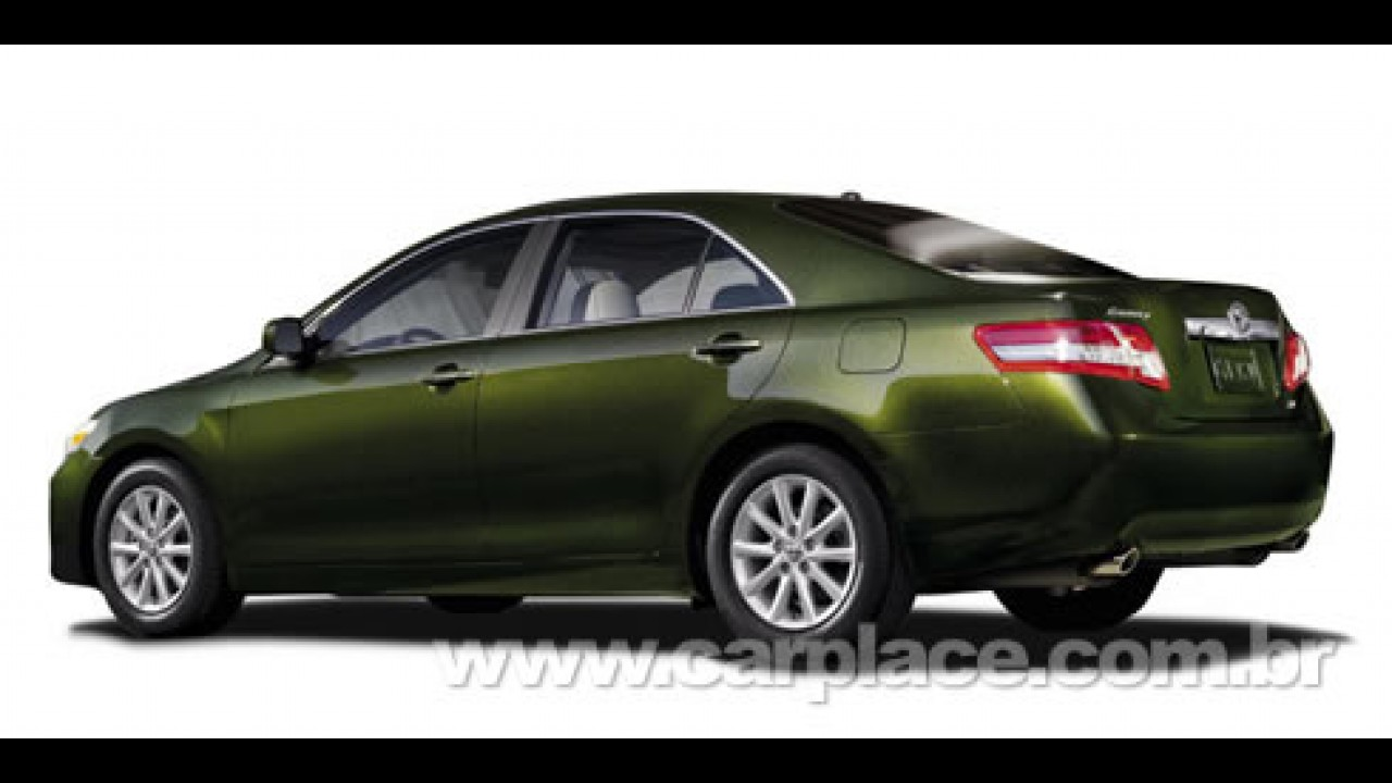 Salão de Detroit: Toyota Camry 2010 ganha mudanças visuais e mecânicas
